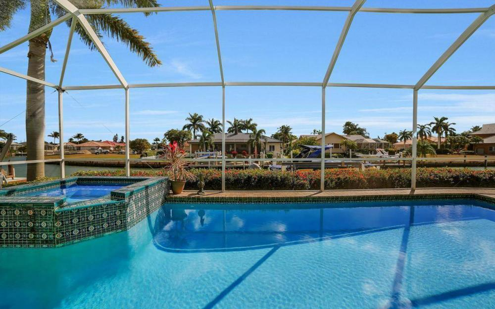 960 N Barfield Dr, Marco Island - Home For Sale 390536494