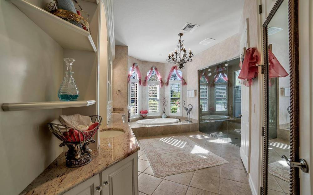 20415 Wildcat Run Dr, Estero - Home For Sale 210180943