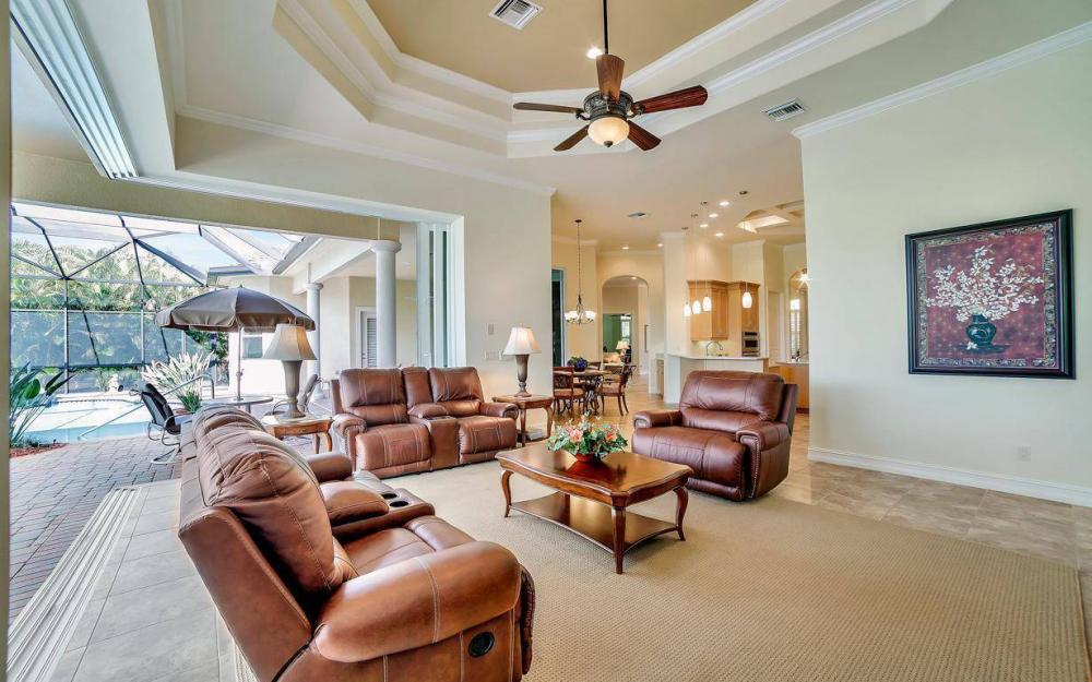 28510 Raffini Ln, Bonita Springs - Home For Sale 682125895
