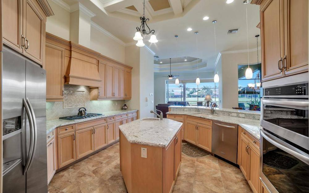 28510 Raffini Ln, Bonita Springs - Home For Sale 1536810858