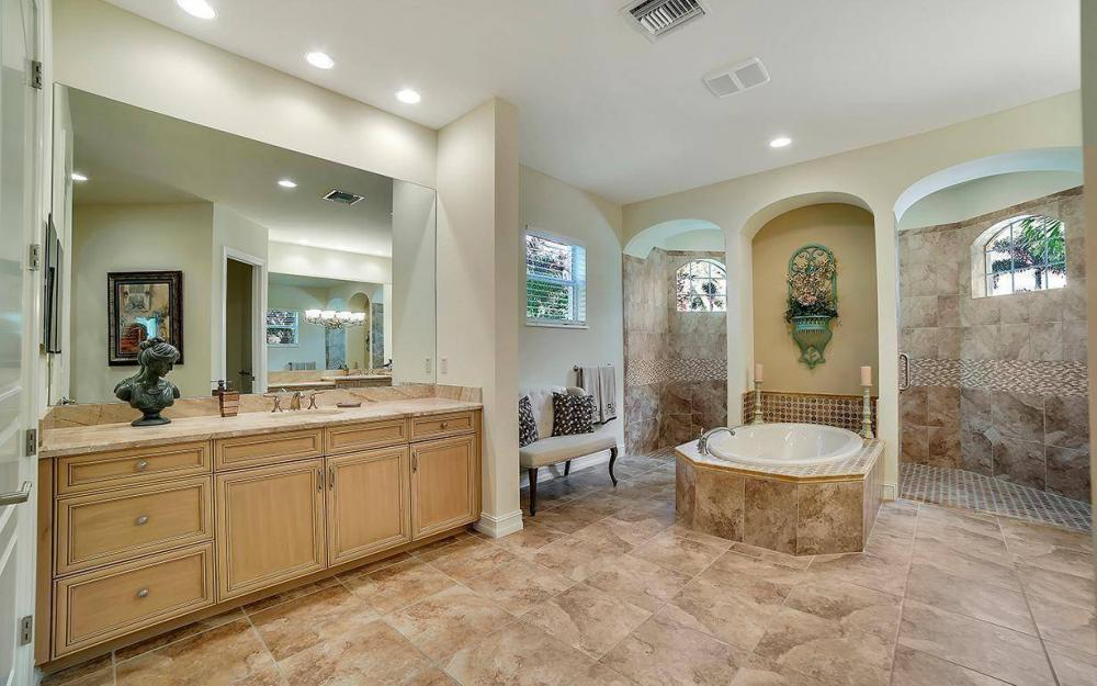 28510 Raffini Ln, Bonita Springs - Home For Sale 897874487