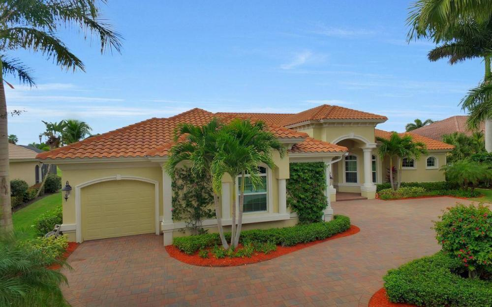 28510 Raffini Ln, Bonita Springs - Home For Sale 1283737187
