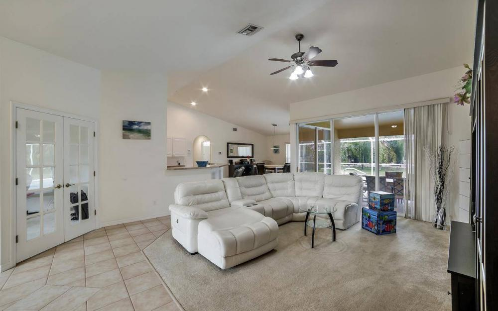4611 SW 14th Ave, Cape Coral - Home For Rent 136892976
