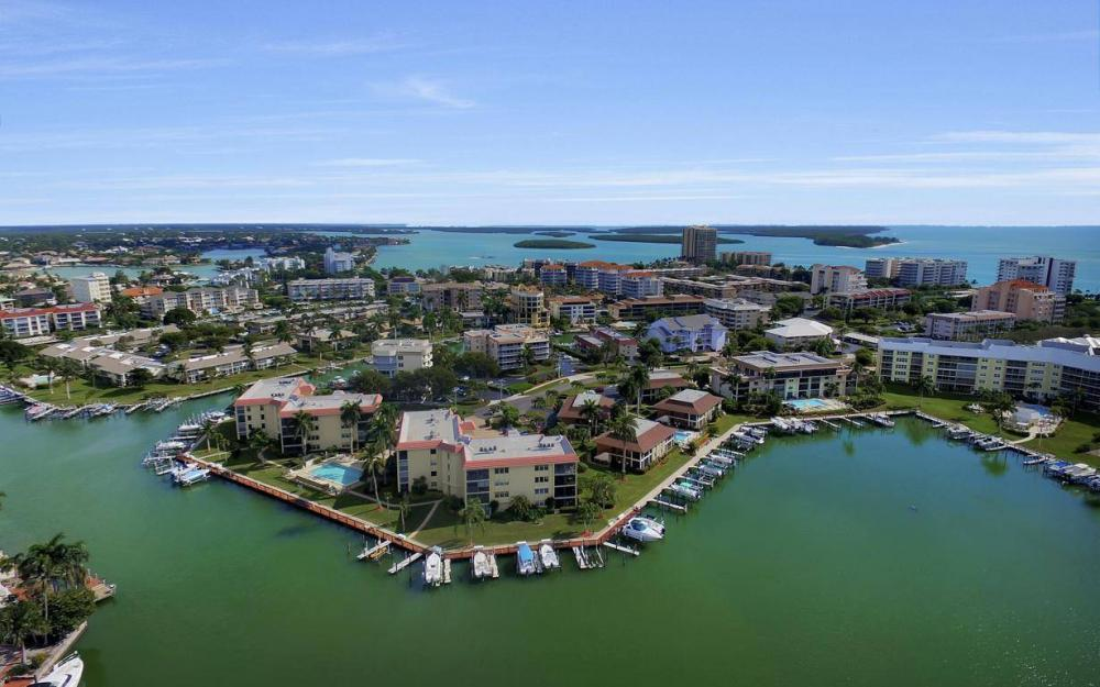 880 Huron Ct #408, Marco Island - Condo For Sale 2068975440