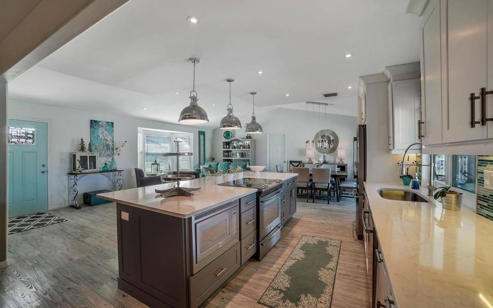 754 Nautilus Ct, Marco Island - Home For Sale 1323249074