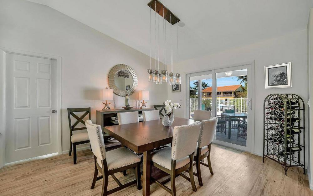 754 Nautilus Ct, Marco Island - Home For Sale 274596026