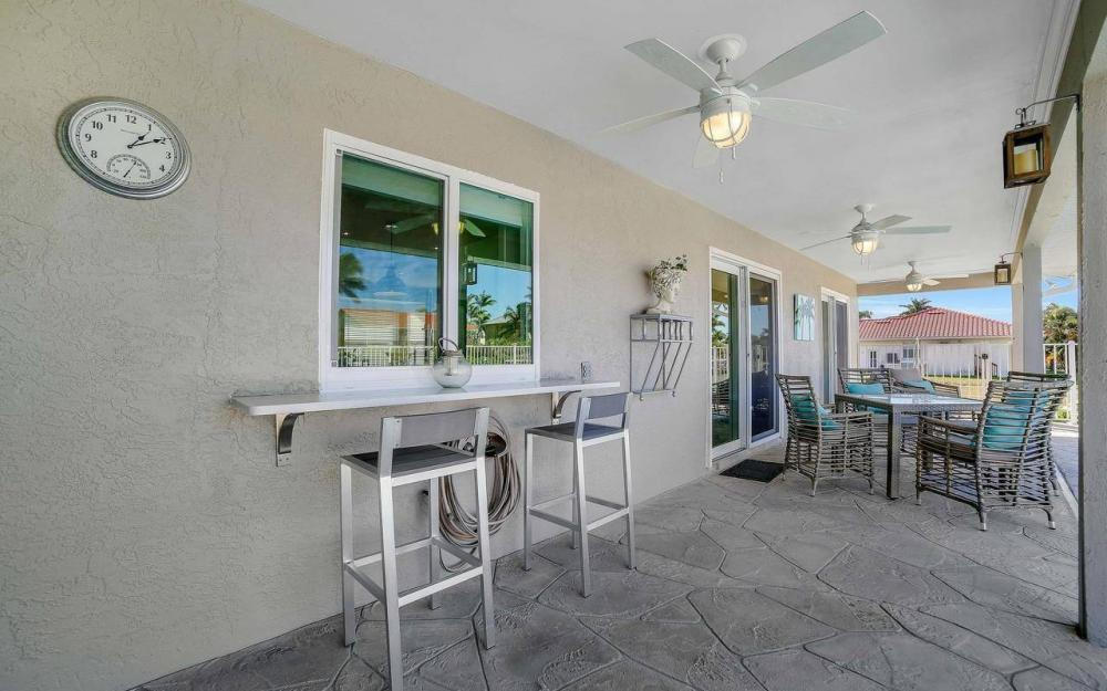 754 Nautilus Ct, Marco Island - Home For Sale 1221797112