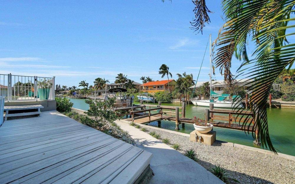 754 Nautilus Ct, Marco Island - Home For Sale 1517803221