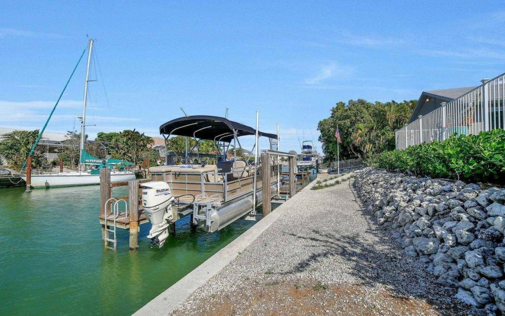 754 Nautilus Ct, Marco Island - Home For Sale 139592215