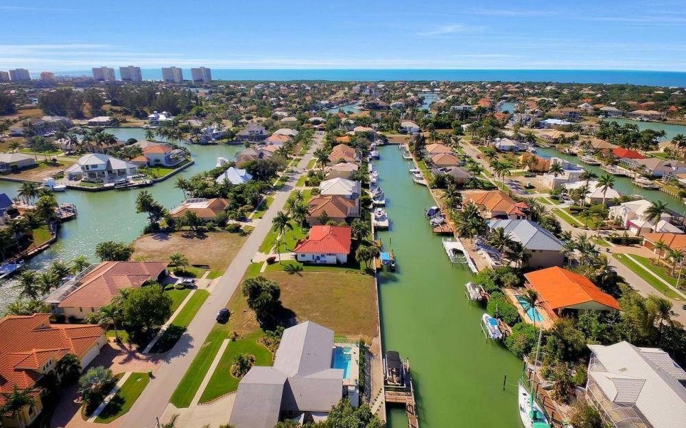 754 Nautilus Ct, Marco Island - Home For Sale 680008165
