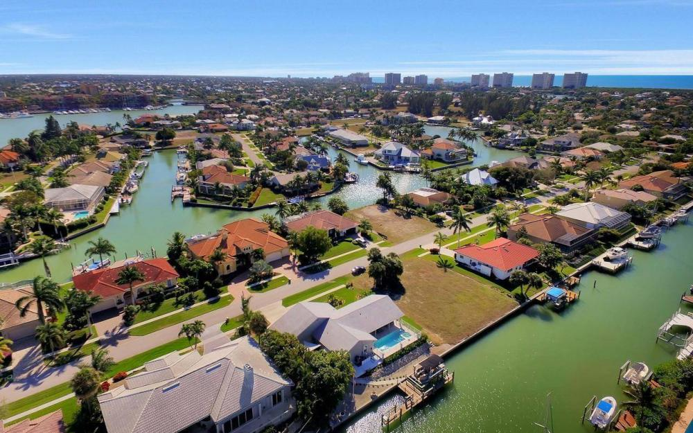 754 Nautilus Ct, Marco Island - Home For Sale 1361872282