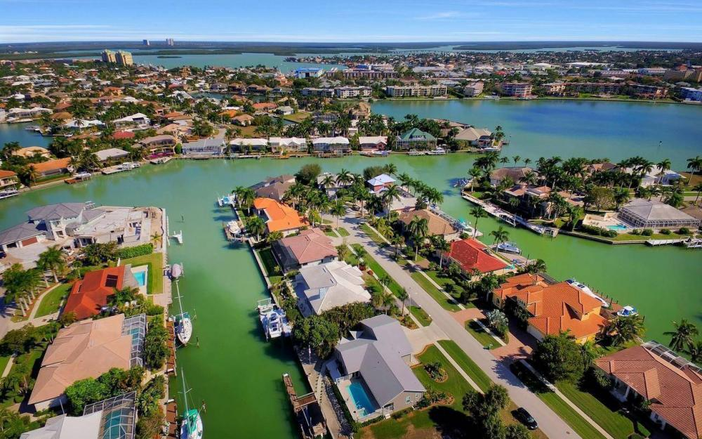 754 Nautilus Ct, Marco Island - Home For Sale 807243838