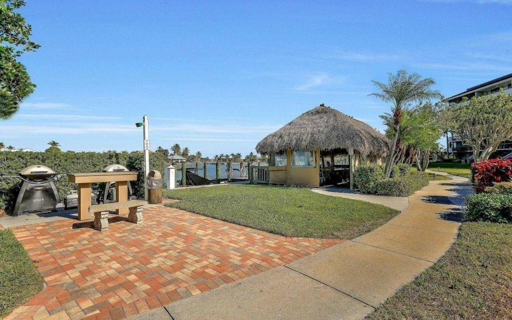 609 Seaview Court #R-3, Marco Island - Condo For Sale 1056080312