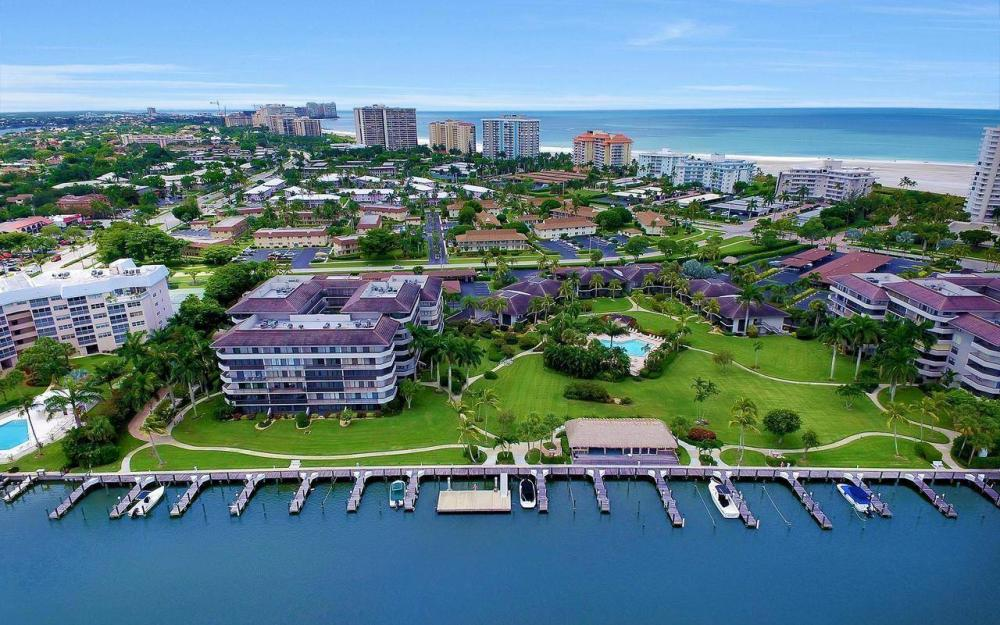 609 Seaview Court #R-3, Marco Island - Condo For Sale 571493473