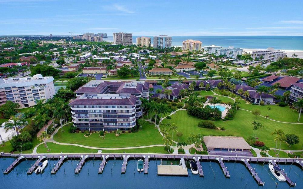 609 Seaview Court #R-3, Marco Island - Condo For Sale 1125610291