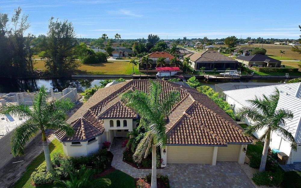 4330 SW 19th Pl, Cape Coral - Home For Sale 820592115