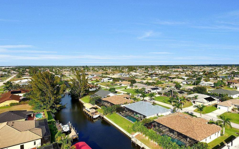 4330 SW 19th Pl, Cape Coral - Home For Sale 1609963109