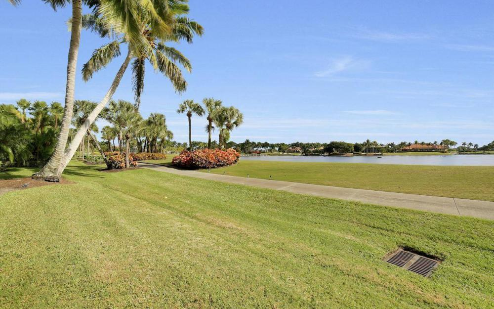 11290 Compass Point Dr, Fort Myers - Home For Sale 1321282501