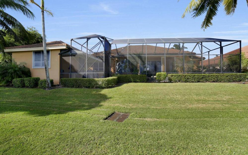 11290 Compass Point Dr, Fort Myers - Home For Sale 1660560067