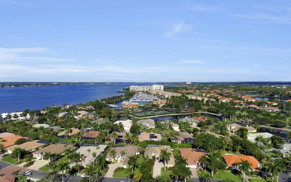 11290 Compass Point Dr, Fort Myers - Home For Sale 186704830