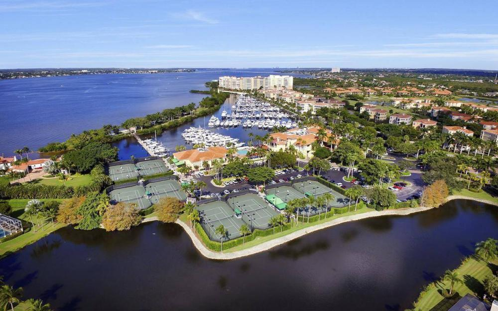 11290 Compass Point Dr, Fort Myers - Home For Sale 650718595