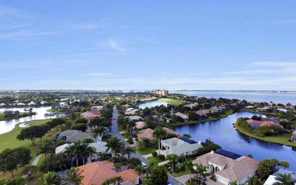 11290 Compass Point Dr, Fort Myers - Home For Sale 2002433645