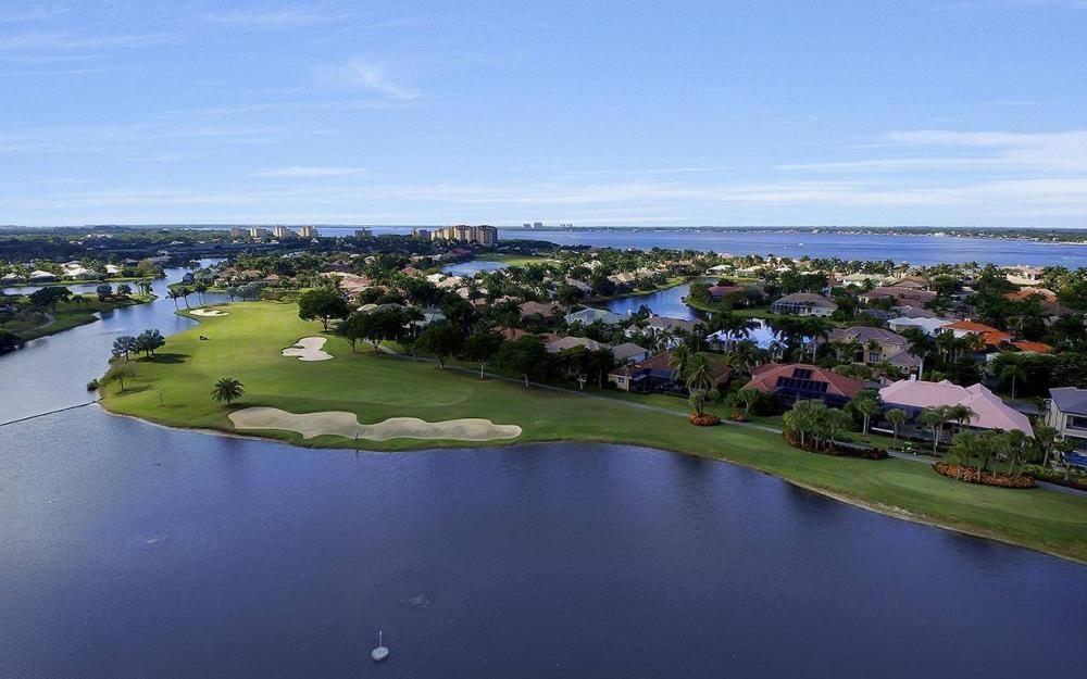 11290 Compass Point Dr, Fort Myers - Home For Sale 1115492377