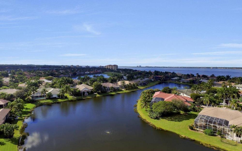 11290 Compass Point Dr, Fort Myers - Home For Sale 1081631512