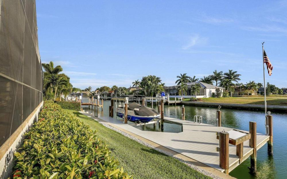 1631 Begonia Ct, Marco Island - Home For Sale 932311116