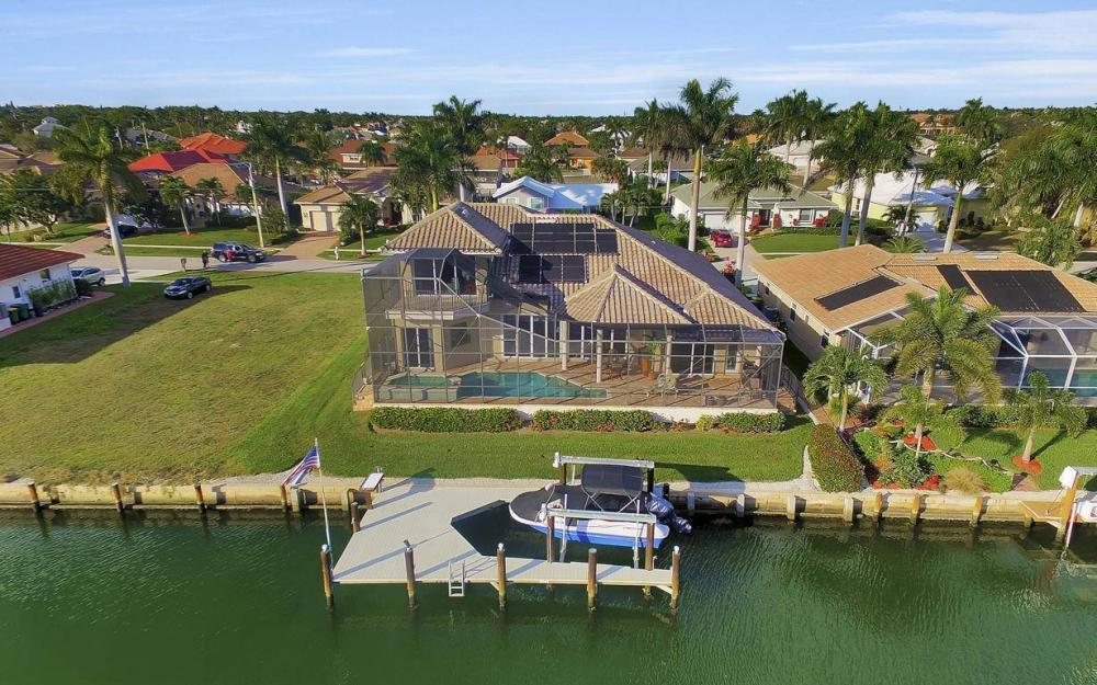 1631 Begonia Ct, Marco Island - Home For Sale 424794261