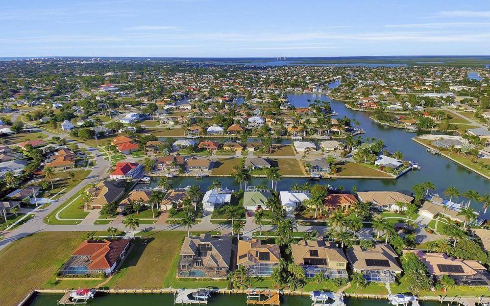 1631 Begonia Ct, Marco Island - Home For Sale 1581134049
