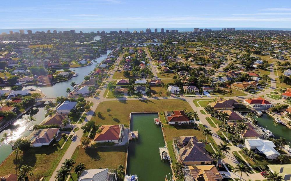 1631 Begonia Ct, Marco Island - Home For Sale 1525412615