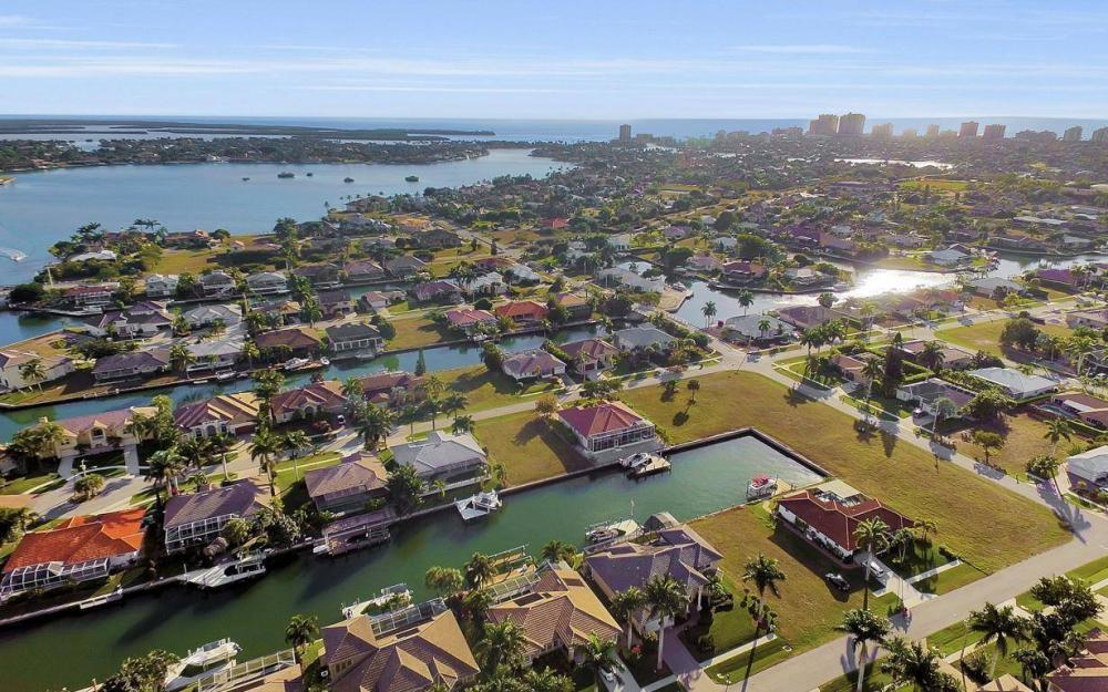 1631 Begonia Ct, Marco Island - Home For Sale 1065937234