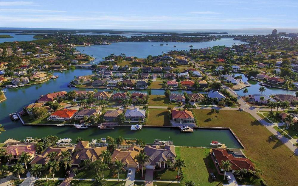 1631 Begonia Ct, Marco Island - Home For Sale 173378608