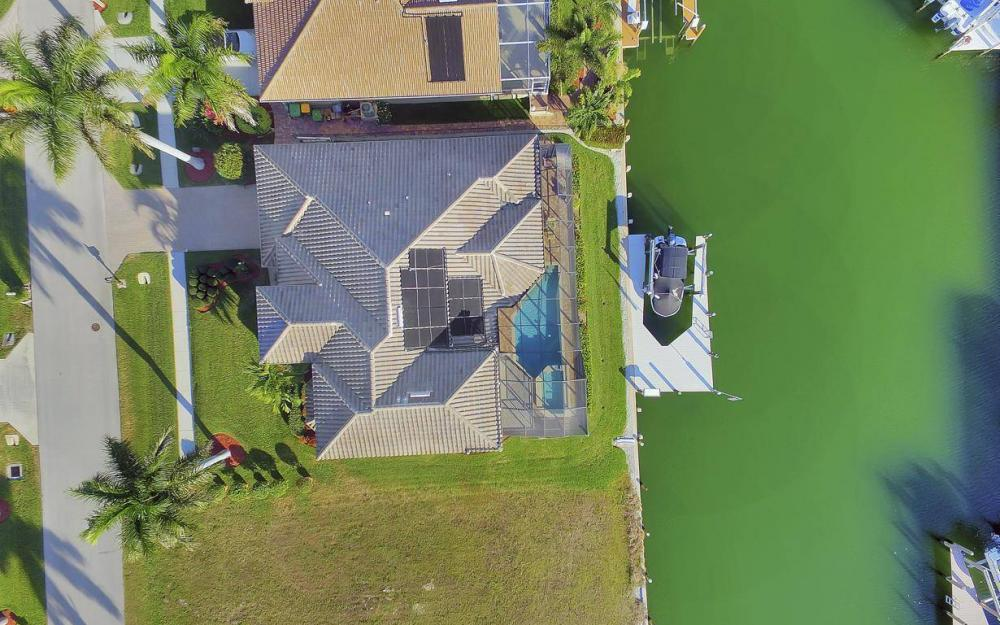 1631 Begonia Ct, Marco Island - Home For Sale 492309357