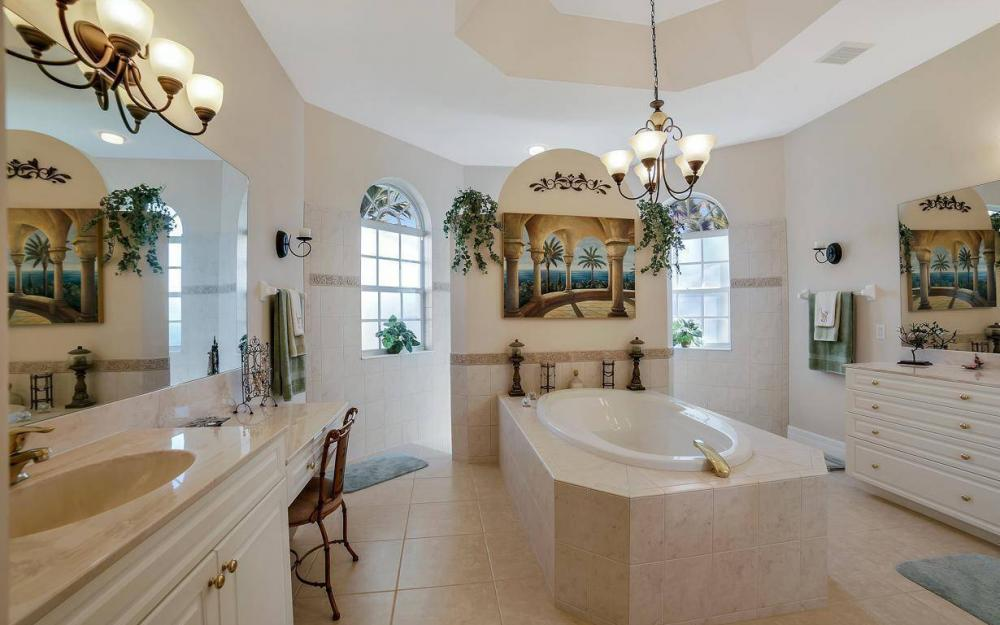 2422 NW 3rd Pl, Cape Coral - Home For Sale 95597054