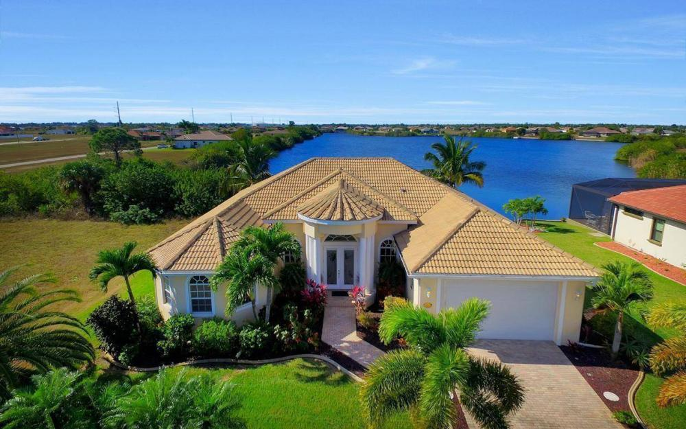 2422 NW 3rd Pl, Cape Coral - Home For Sale 435664471