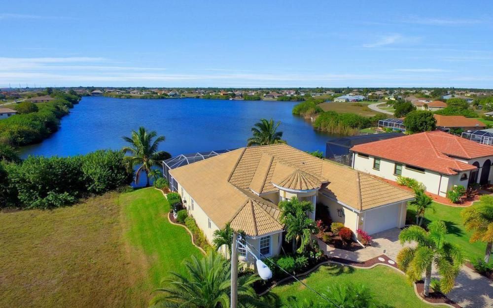 2422 NW 3rd Pl, Cape Coral - Home For Sale 1788096852