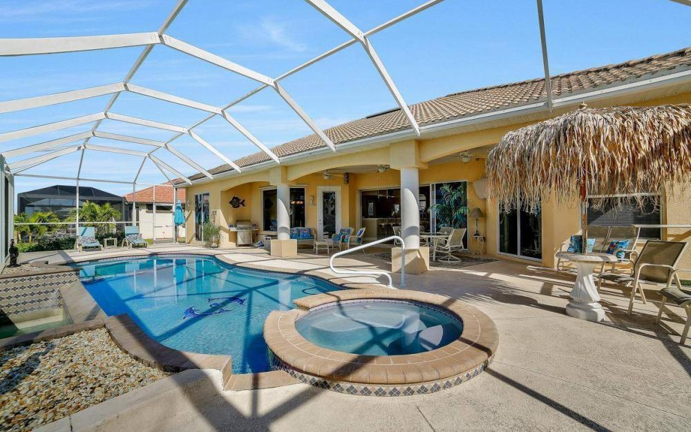 2422 NW 3rd Pl, Cape Coral - Home For Sale 1884685713
