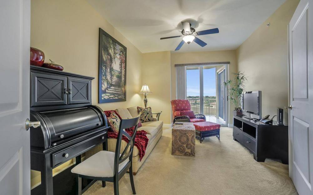 6061 Silver King Blvd #304, Cape Coral - Luxury Condo For Sale 1558168869