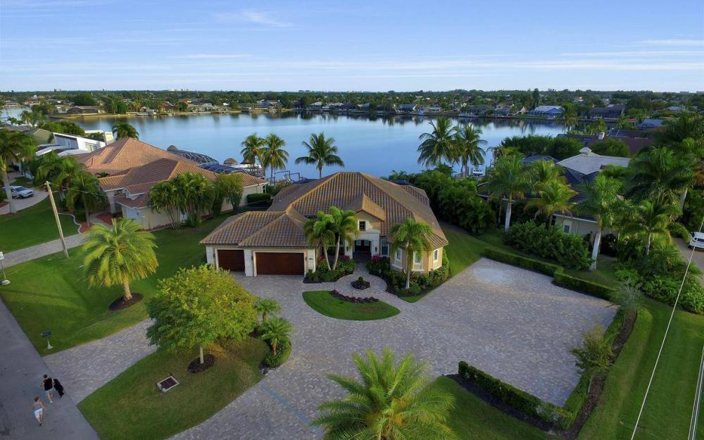 722 SW 49th Ln, Cape Coral - Vacation Rental 828855913