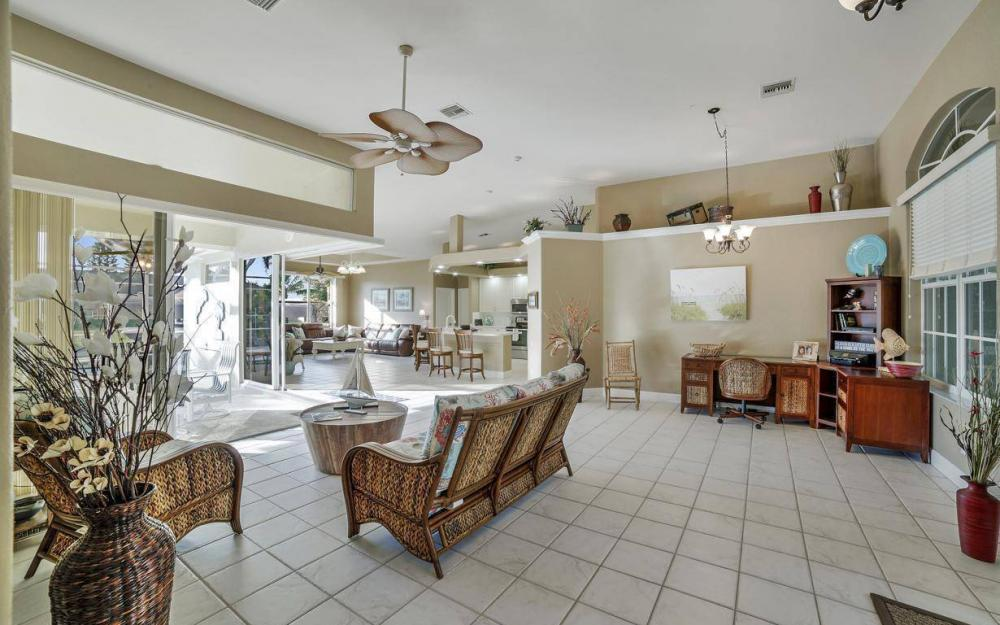 2010 SE 18th Ave, Cape Coral - Home For Sale 212696864