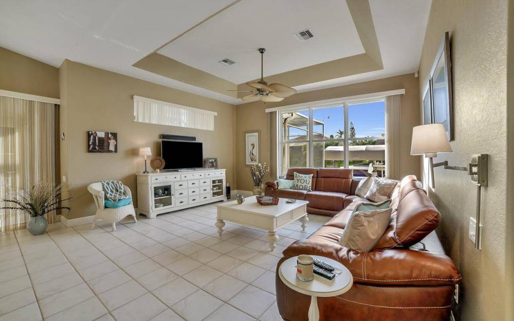 2010 SE 18th Ave, Cape Coral - Home For Sale 1982643056