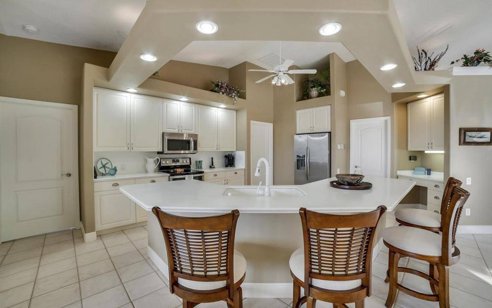 2010 SE 18th Ave, Cape Coral - Home For Sale 106694747