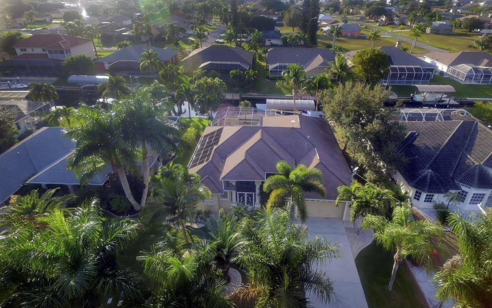 2010 SE 18th Ave, Cape Coral - Home For Sale 1000998960