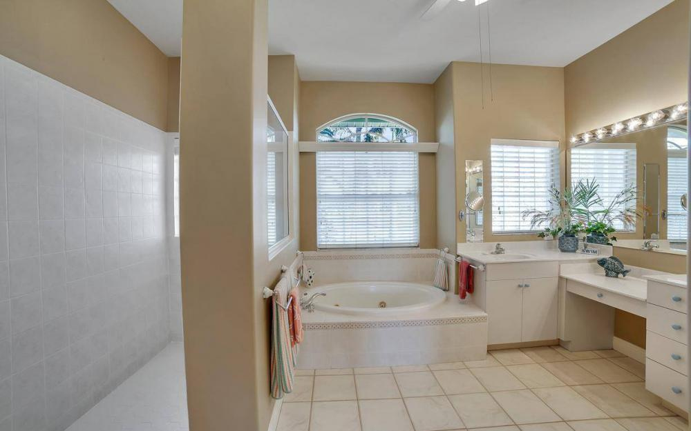 2010 SE 18th Ave, Cape Coral - Home For Sale 1596509926