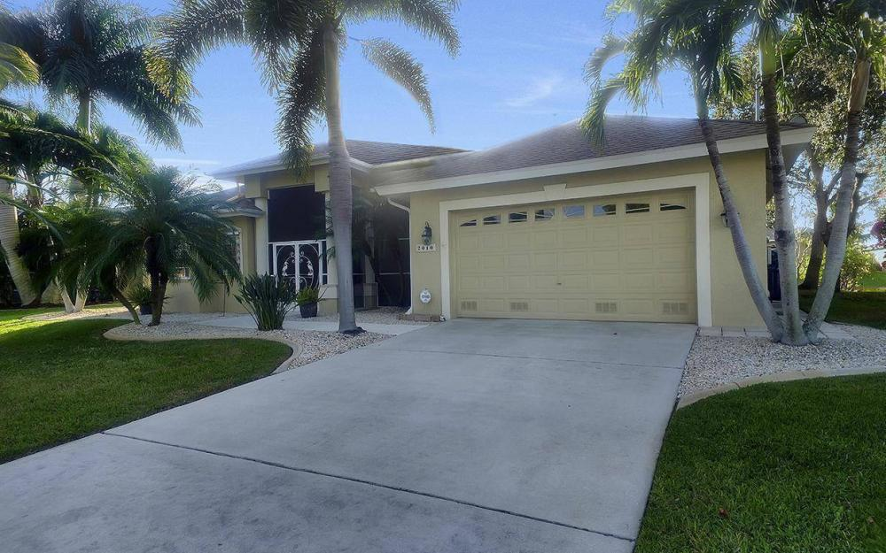 2010 SE 18th Ave, Cape Coral - Home For Sale 476520394