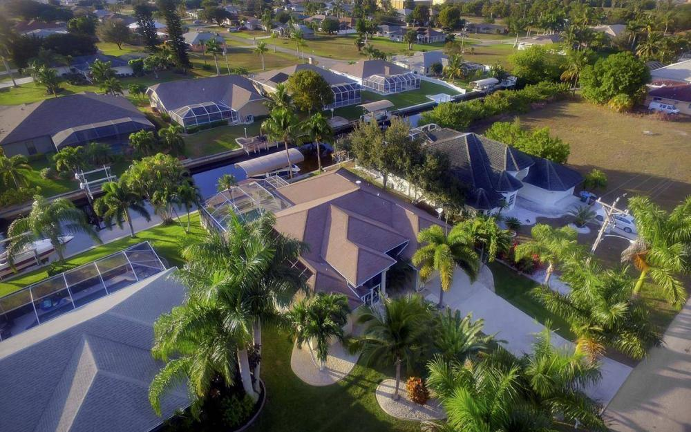 2010 SE 18th Ave, Cape Coral - Home For Sale 75478911