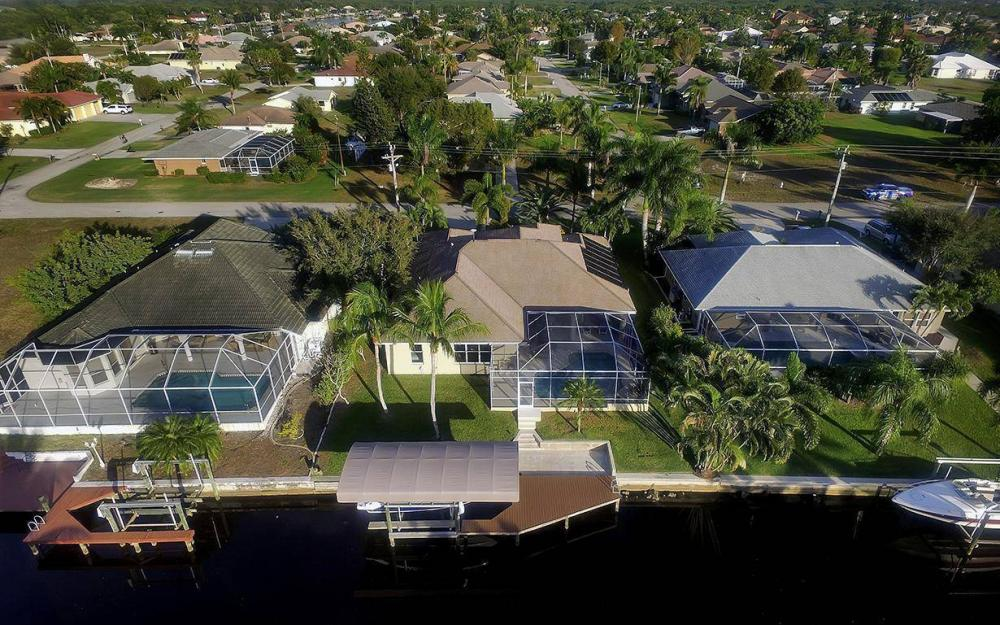 2010 SE 18th Ave, Cape Coral - Home For Sale 1741174095