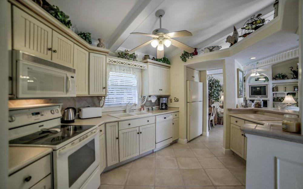 971 Lido Ct, Marco Island - Home For Sale 1280053581
